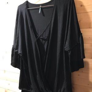 Tops - Boutique plus black tee blouse